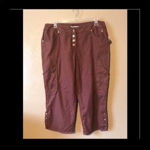 Baby Phat rust Capris size 18 Buttons